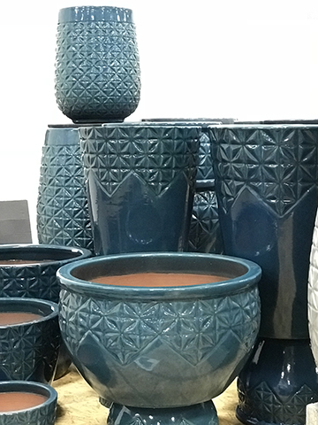 Michael Carr Designs - Pottery Showcase 2018-19 - Vietnamese Glazed - GLB322 - Starburst - Peacock - 500px Tall